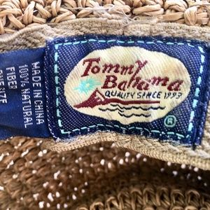 Tommy Bahama Accessories - Womens vintage Tommy Bahama Panama straw hat